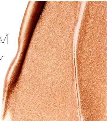 Mix Laguna Illuminator with your moisturizer or foundation to instantly create a sun-kissed radiant glow.