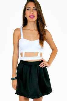 CAGED SWEETHEART CROP TOP 25