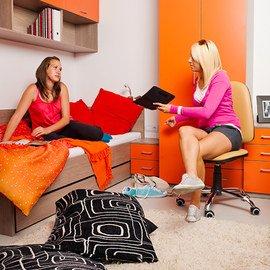 Dorm Room Checklist: Décor & Textiles