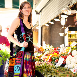 Farmers Market: Apparel & Totes