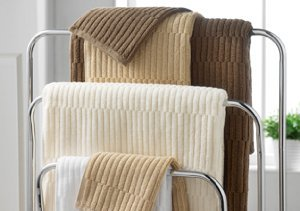 Up to 70% Off: Luxury Bath Towels