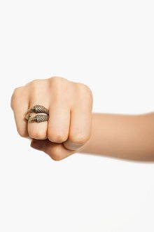 CLAWED RING 8