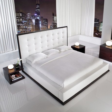 Ludlow Bed in Wenge // White