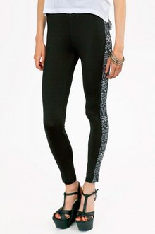 TRIBAL TRAIL LINES LEGGINGS 28