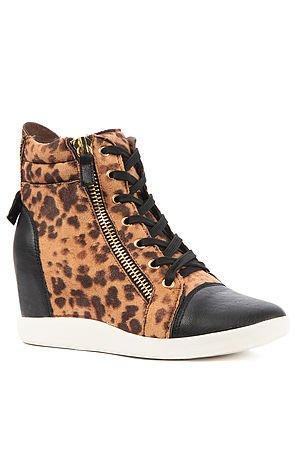 Footwear is Buy 1, Get 1: Use Code FOOT4U