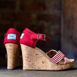 TOMS Women & Men