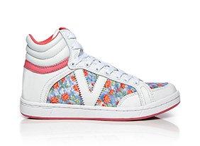 Fashion_sneaker_multi_145418_hero_7-13-13_hep_two_up