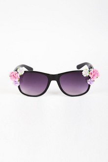 ROSE AND POSE SUNGLASSES 14