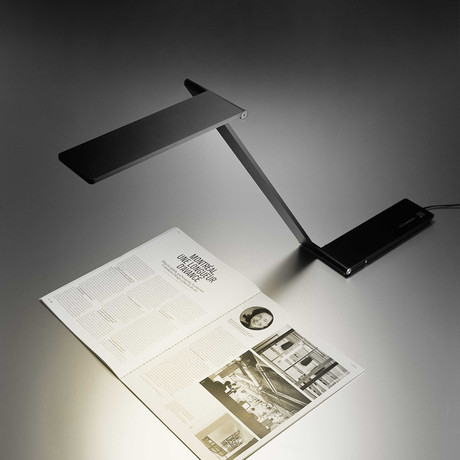 Be Light Table // Black