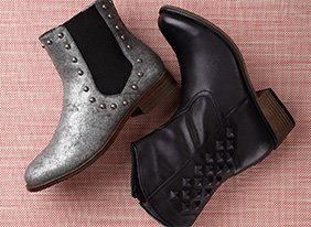 Boots-multi-gomax_136642_stilllife2_jt_07-24-13_hep-3_two_up