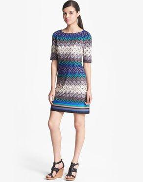 CHIC SHIFT DRESSES