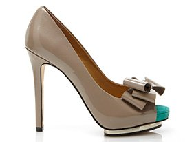 So_chic_shoes_147102_hero_7-28-13_hep_two_up