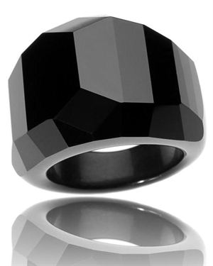 Bague a Dames La Desobeissante Carved Ring