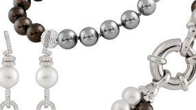 Modern looks in Pearls