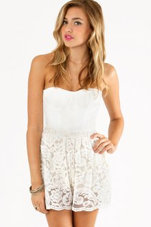 LACEY OVERLAY SHORTS 30