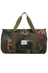 The Sutton Duffle Bag in Woodland Camo
