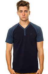 The Vicks Henley Tee in Navy