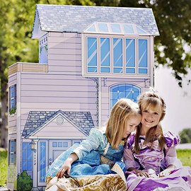 Home Sweet Home: Dollhouses & Dolls