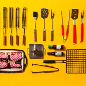 End-of-Summer BBQ: From Mini Grills to Drink Sets