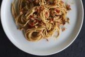 Pasta with Fresh Tomato Pesto