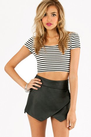 AT ALL ANGLES SKORT 40