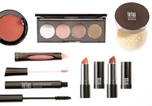 Up to 70% Off: Luxury Cosmetics
