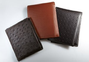 $29 & Under: Wallets & Card Cases
