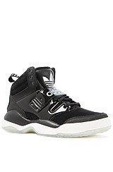 The Hackmore Sneaker in Black