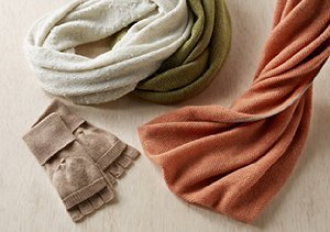 Qi Cashmere: Scarves, Gloves & Hats