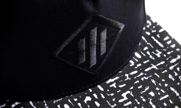 14_Haze_Snapback_Detail