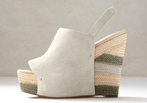 Sandals to Boots: Modern Vintage, Rosegold & More