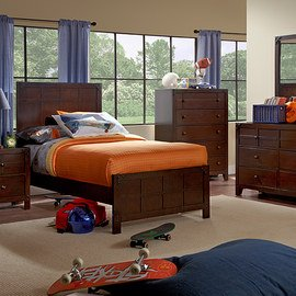 The Kids' Room: Furniture & Bedding