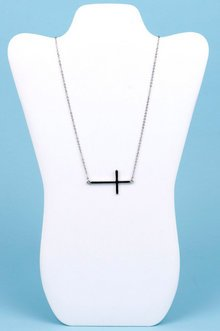 CROSS MY HEART NECKLACE 5
