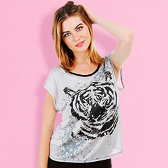Graphic Tops & Leggings Just for Her