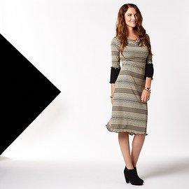 Retro Style: Women's Dresses