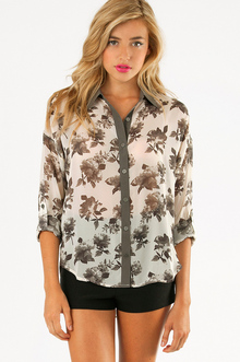 PICTURE PERFECT BLOUSE 32