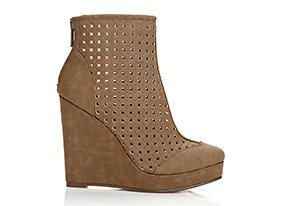 Just_right_wedges_146186_hero_9-3-13_hep_two_up