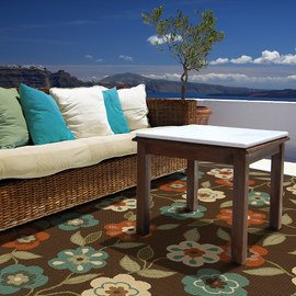 Relax Outside: Furniture & Rugs