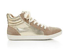 Atreet_chic_sneakers_152750_hero_9-4-13_hep_two_up
