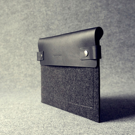 Leather Sleeve // iPad