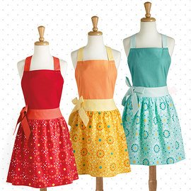 Kitchen Chic: Retro Aprons