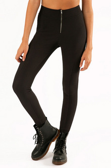 SEAMS TO BE LEGGINGS 32
