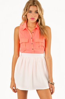 POCKETS AND SLITS BUTTON UP TOP 30