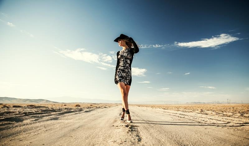 YFB Black Inkblot Lulu Dress in the desert_Fall lifestyle shoot