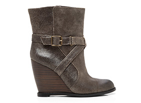 Chic_wedges_152798_hero_9-12-13_hep_two_up