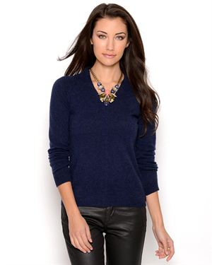 Lu Vic & Beau Long Sleeve V-Neck Cashmere Sweater