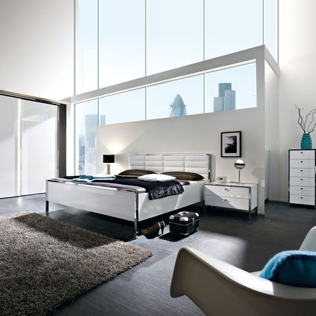 Trenta Bed // White