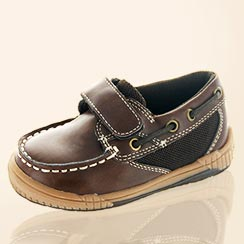 Kids' Fall Footwear