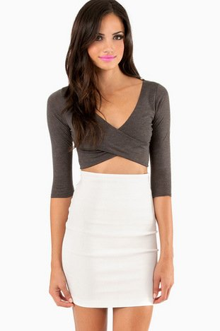 TWISTED CROP TOP 25