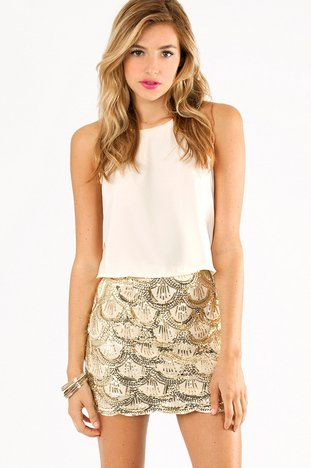 SCALLOPS AND SEQUINS SKIRT 37